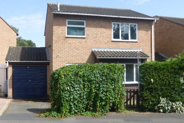 Thumbnail Link-detached house for sale in Kempton Avenue, Bobblestock, Hereford