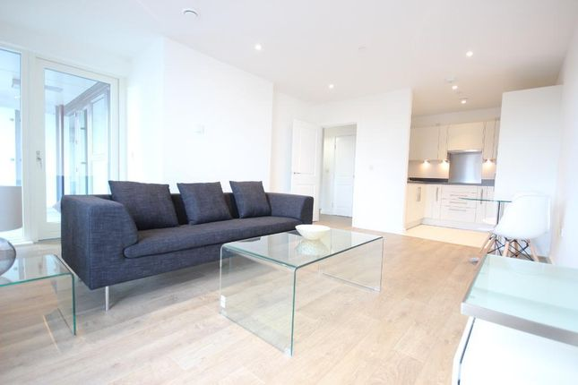 1 bed flat to rent in 15 Bessemer Place, Greenwich Peninsula, London SE10
