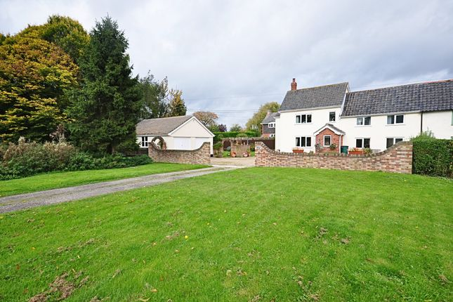 Thumbnail Cottage for sale in The Common, Stuston, Diss