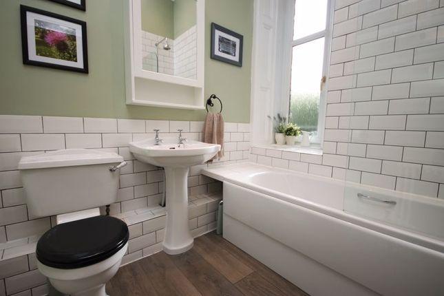 Bathroom of High Street, Linlithgow EH49