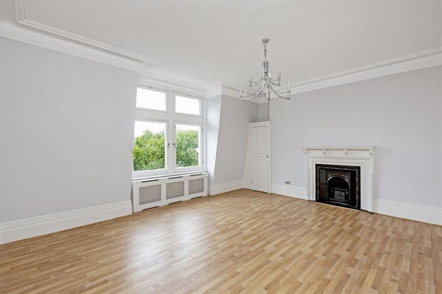Thumbnail Flat to rent in Morpeth Mansions, Morpeth Terrace, London