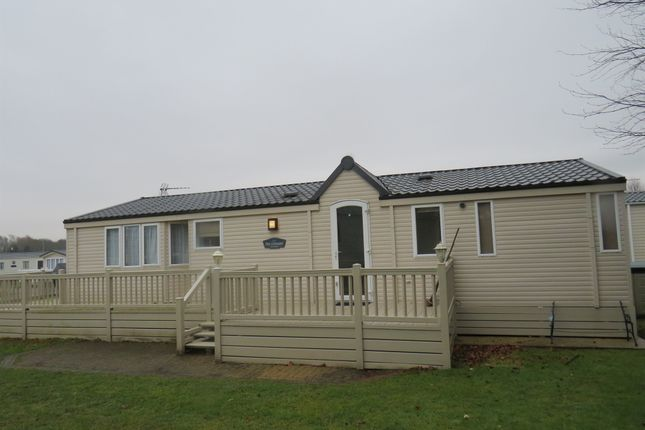 Mill road burgh castle great yarmouth nr31 2 bedroom for Castle modular homes