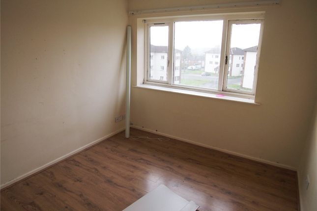 Picture No. 04 of Farnley House, Kingsdale Court, Leeds, West Yorkshire LS14