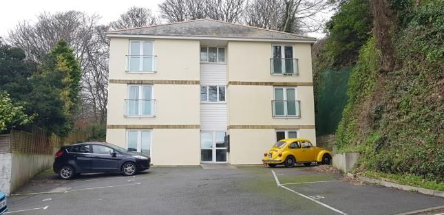 Thumbnail Flat for sale in Penrose Road, Helston, Cornwall