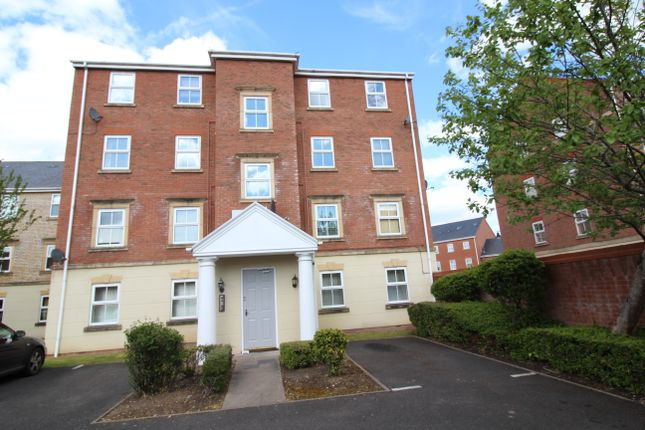 2 bed flat to rent in Clarks Lane, Dickens Heath, Solihull B90