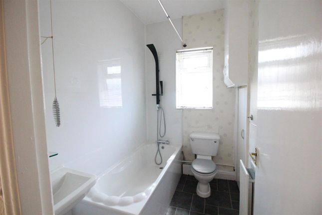 Bathroom of Herbert Street, Darlington DL1