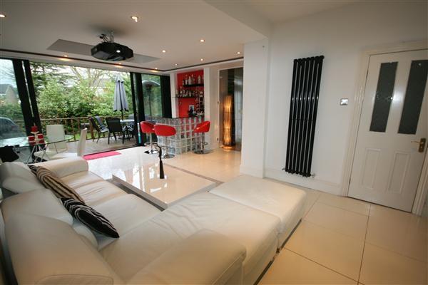Thumbnail Property to rent in Uxbridge Road, Harrow Weald, Harrow