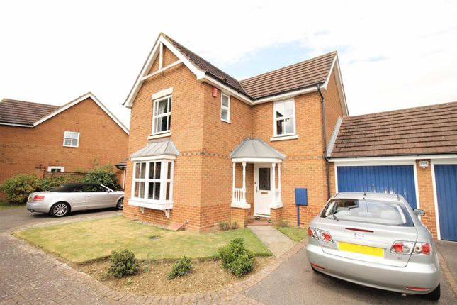 3 bed detached house to rent in Plymouth Grove, Tattenhoe, Milton Keynes MK4