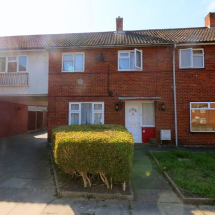 2 bed terraced house to rent in Orchard Croft, Harlow CM20