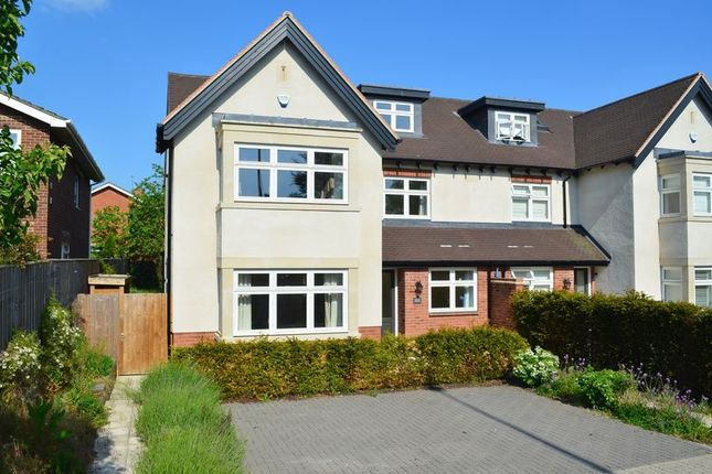 Thumbnail Semi-detached house to rent in Banbury Road, Oxford