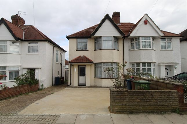 Haverford Way, Edgware, Middlesex HA8