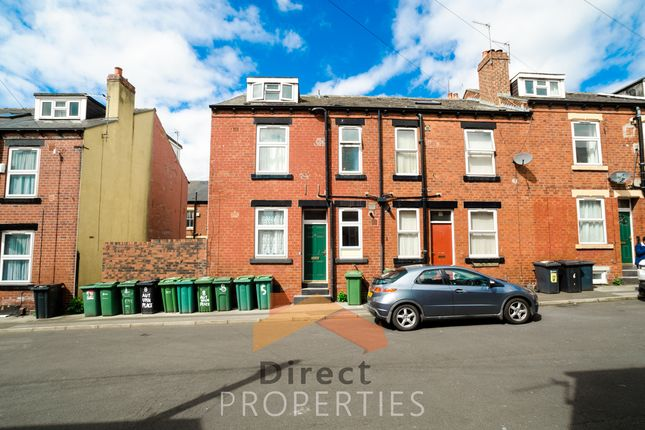 Terraced house to rent in Autumn Place, Hyde Park, Leeds