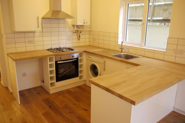 Thumbnail Flat to rent in Hollingdean Terrace, Brighton
