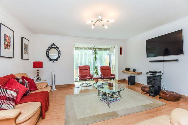 Thumbnail Link-detached house for sale in Newlands Woods, Bardolph Avenue, Forestdale, Croydon