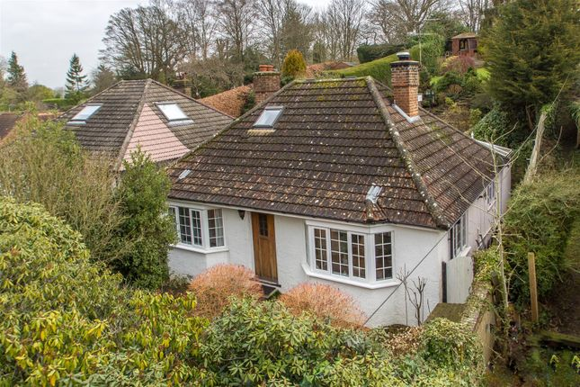 Thumbnail Detached bungalow for sale in Hosey Hill, Westerham