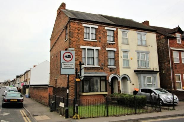 Thumbnail Semi-detached house to rent in Kempston Road, Bedford