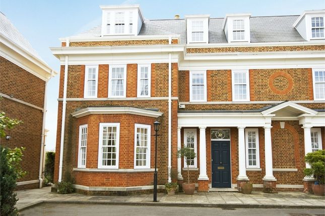 Thumbnail Semi-detached house to rent in Redcliffe Gardens, Grove Park Road, Chiswick
