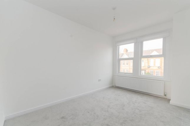 Thumbnail Property to rent in Lawrence Road, South Ealing, London
