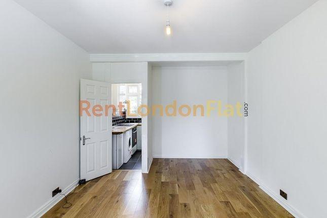 Studio for sale in Tudor Close, Brixton SW2