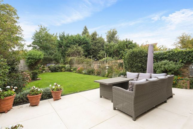Thumbnail Semi-detached house for sale in Avenue Gardens, London