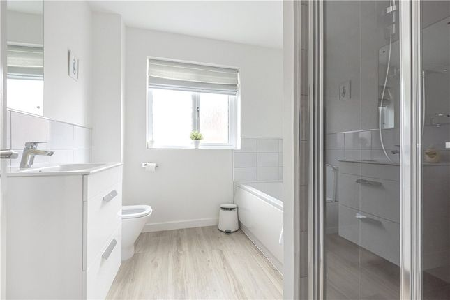 Bathroom of Oak View, Lyme Regis DT7