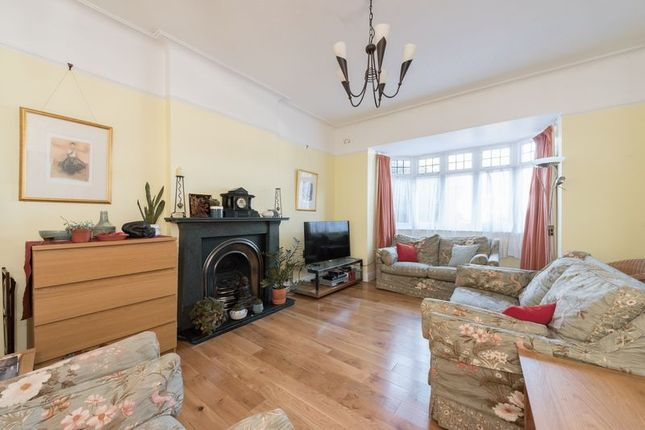 Photo 1 of Meadway, London N14