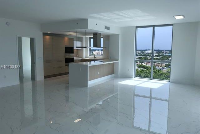 Amazing 2 Bed Apartment For Sale In 17111 Biscayne Blvd North Miami Download Free Architecture Designs Ponolprimenicaraguapropertycom