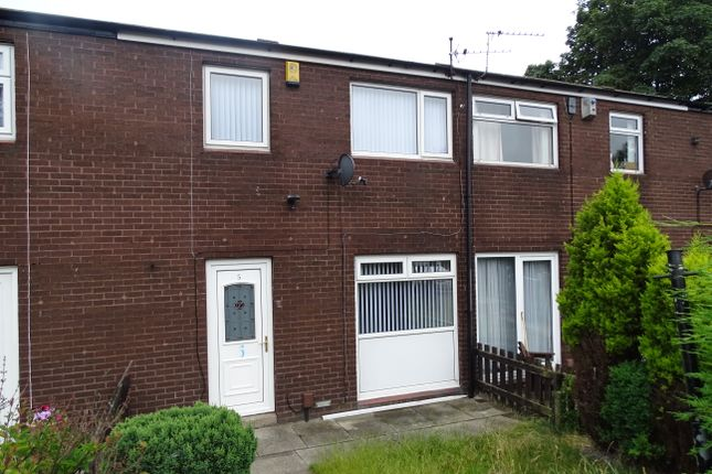 Thumbnail Town house to rent in Rossefield Avenue, Bramley
