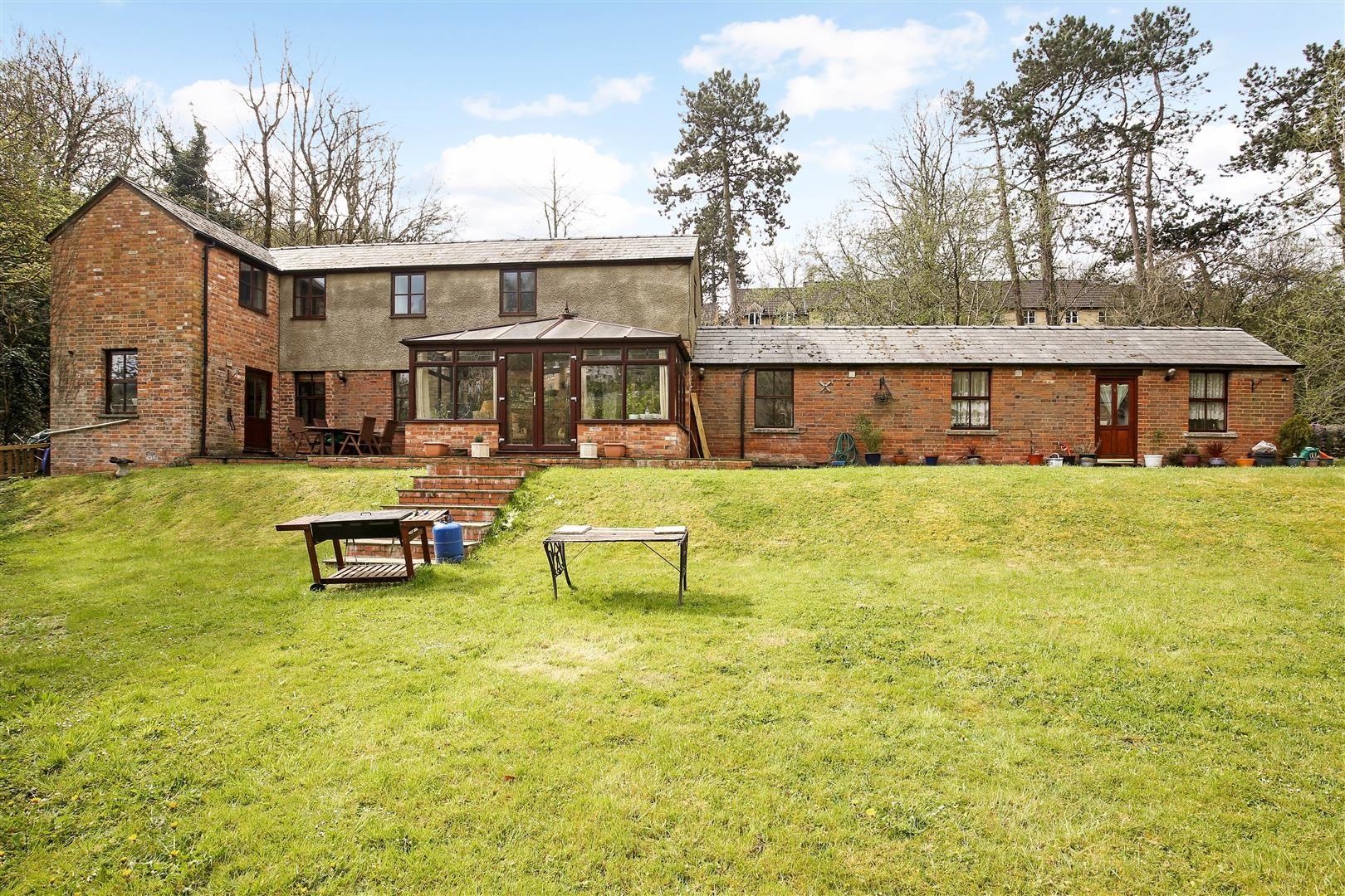 Property photo 1 of 34. Ph45_2836753.Jpg