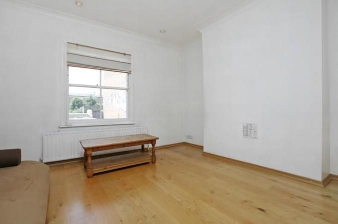 Property photo 1 of 6. Reception Or Bed 3