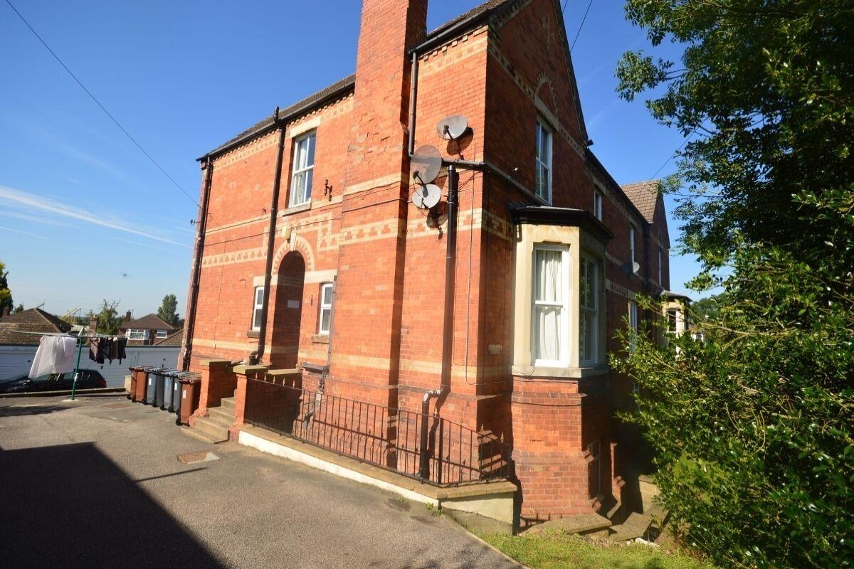 Property photo 1 of 6.