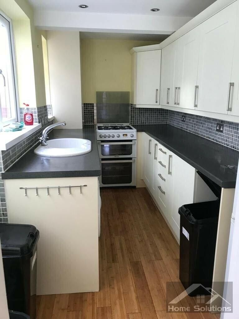Property photo 1 of 8. Beautiful 2/3 Bedroom Terraced House To Let In Watford, Wd18