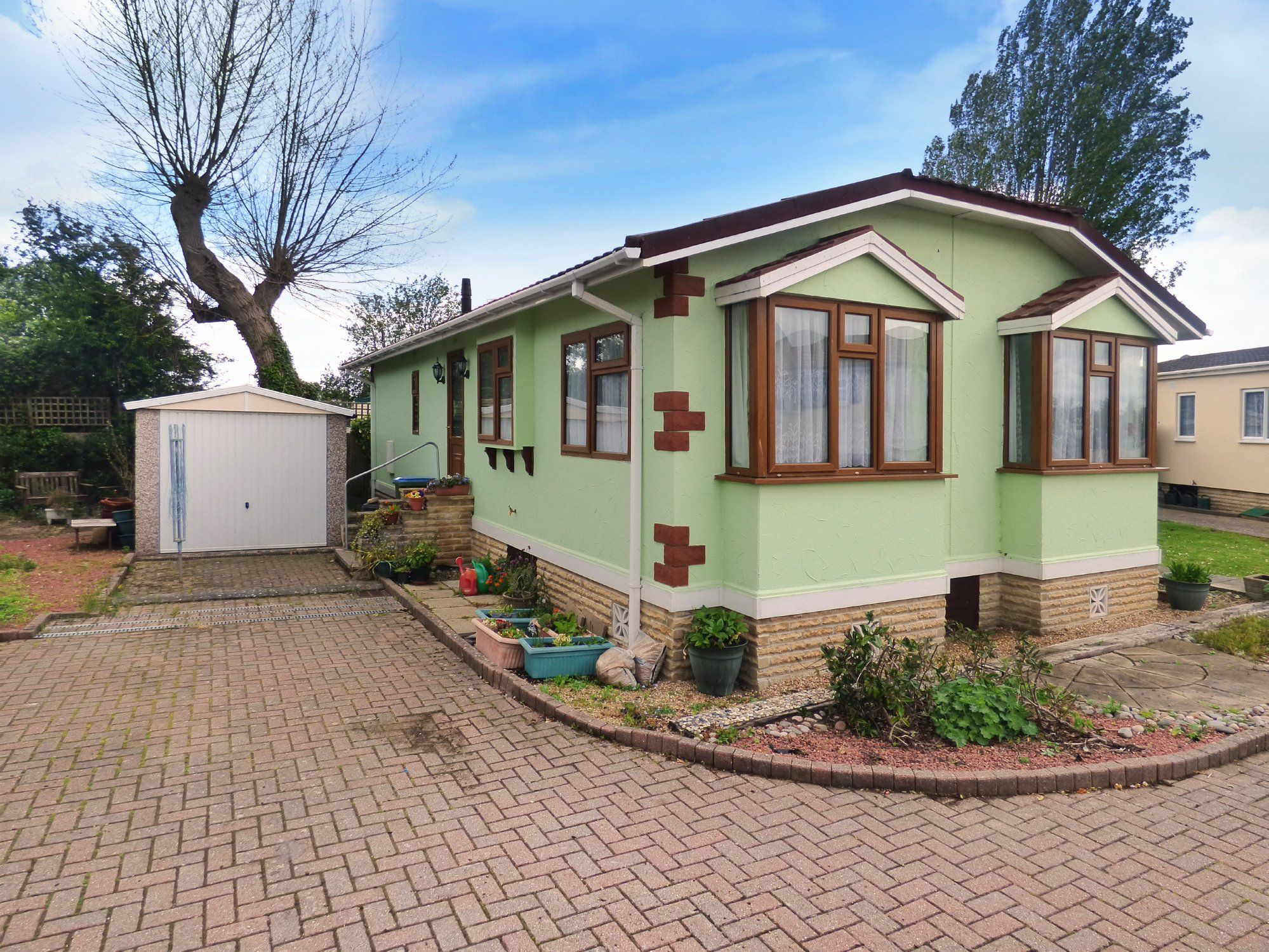 Property photo 1 of 16.