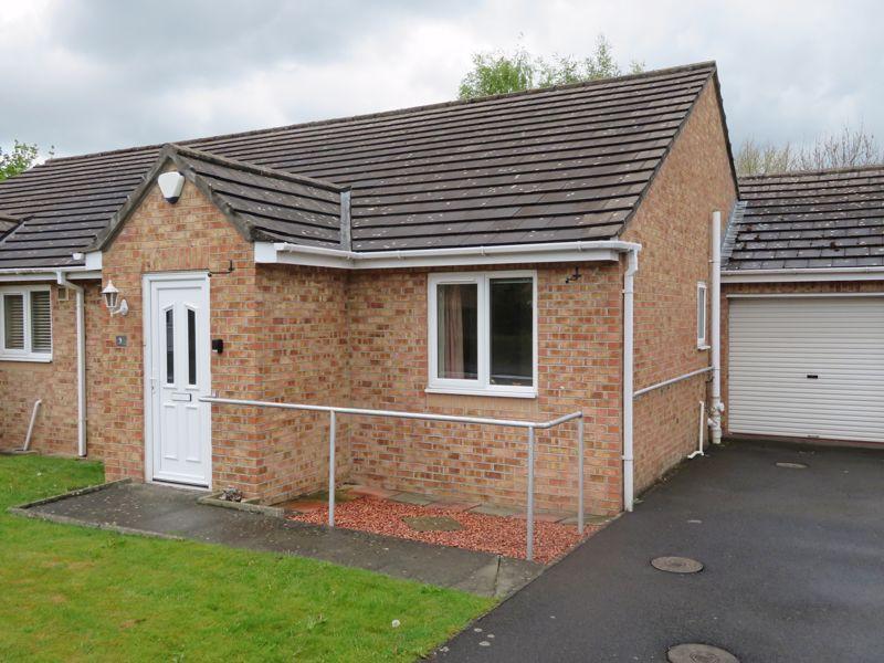 Property photo 1 of 12. Photo 5