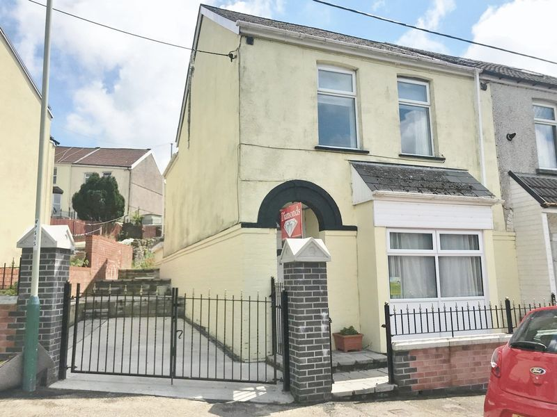 Property photo 1 of 15. Photo 19