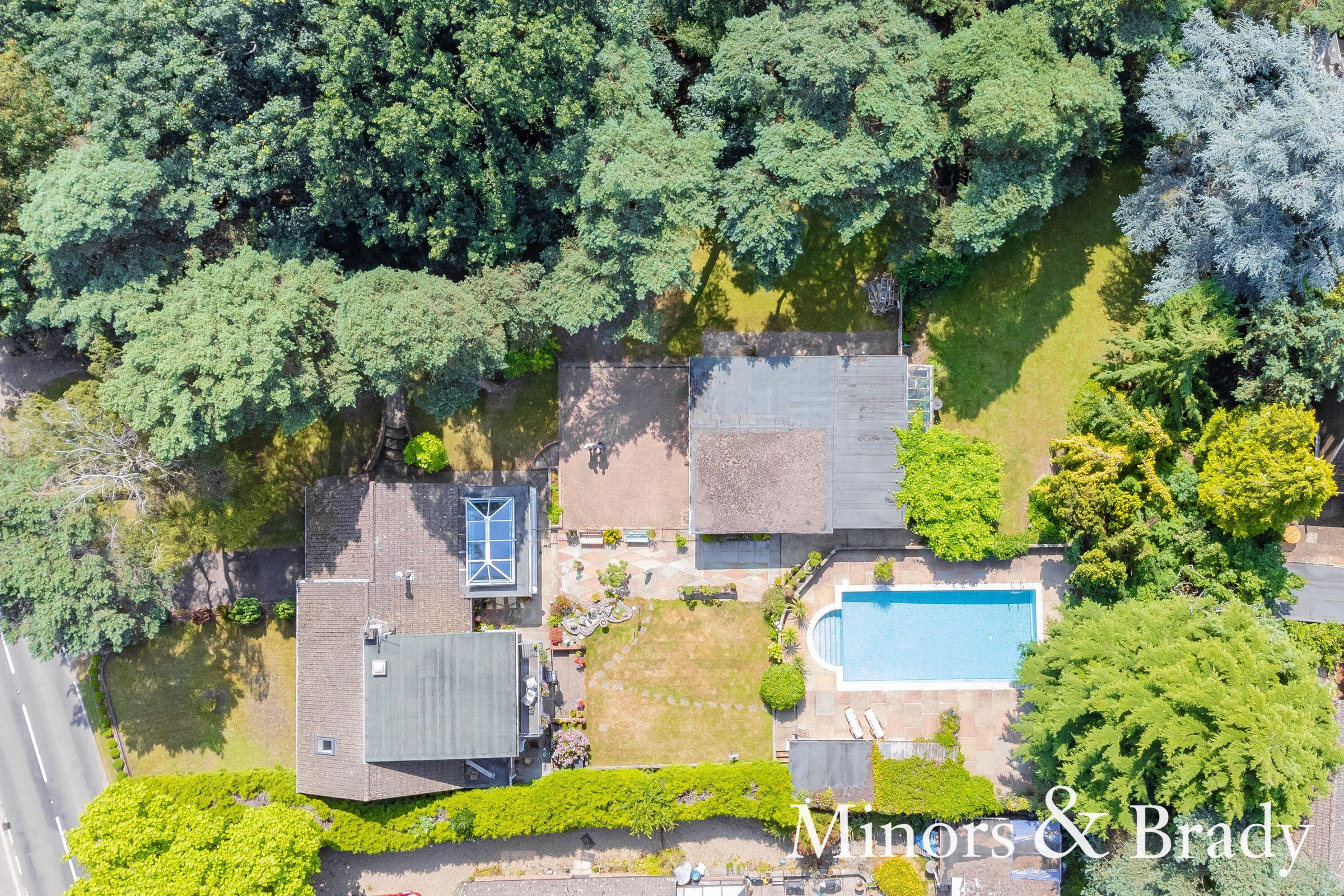 Property photo 1 of 49.