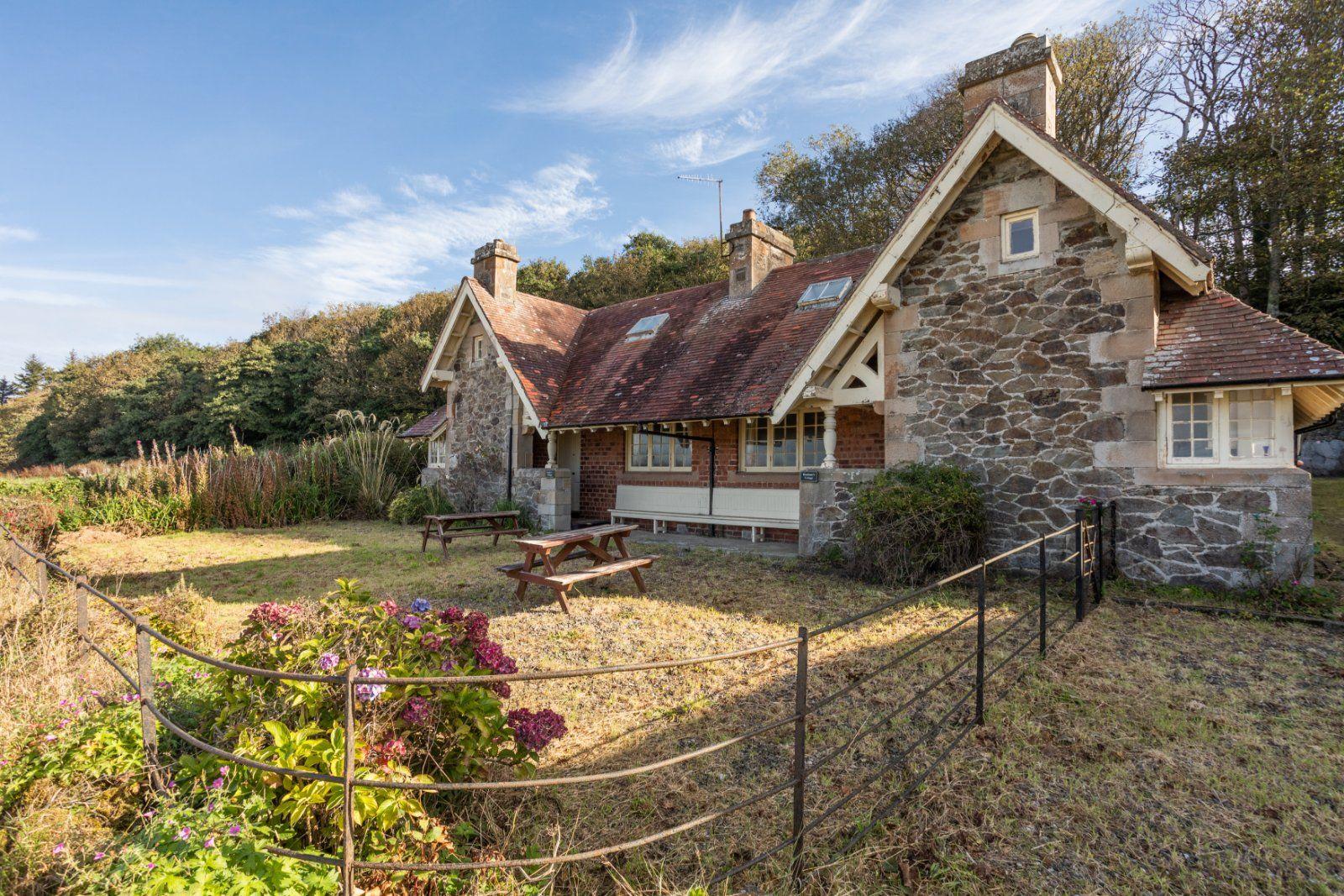 Property photo 1 of 9. Boatman's Cottage