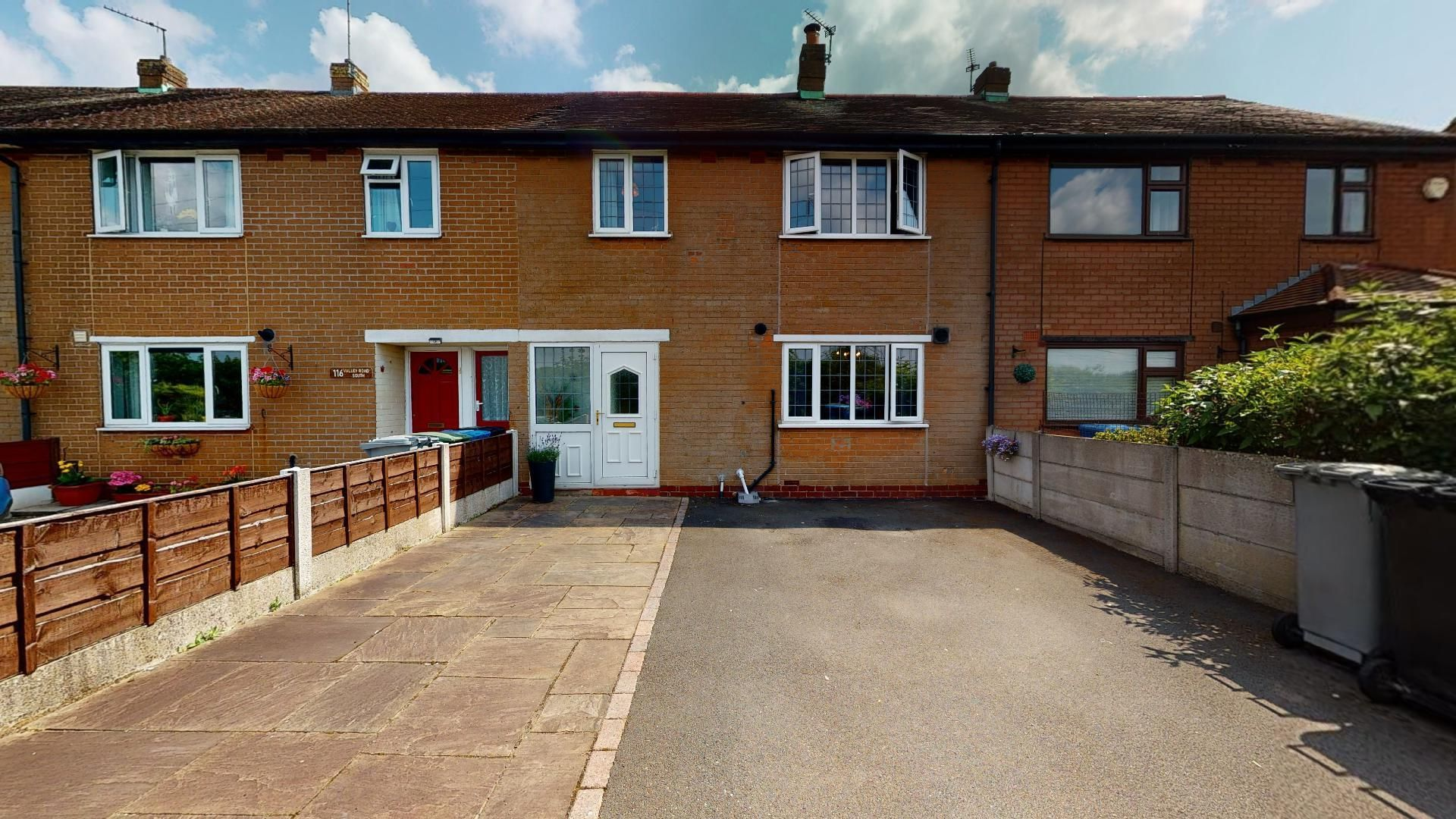 Property photo 1 of 11. Valley-Road-South-Flixton-07262021_214540.Jpg