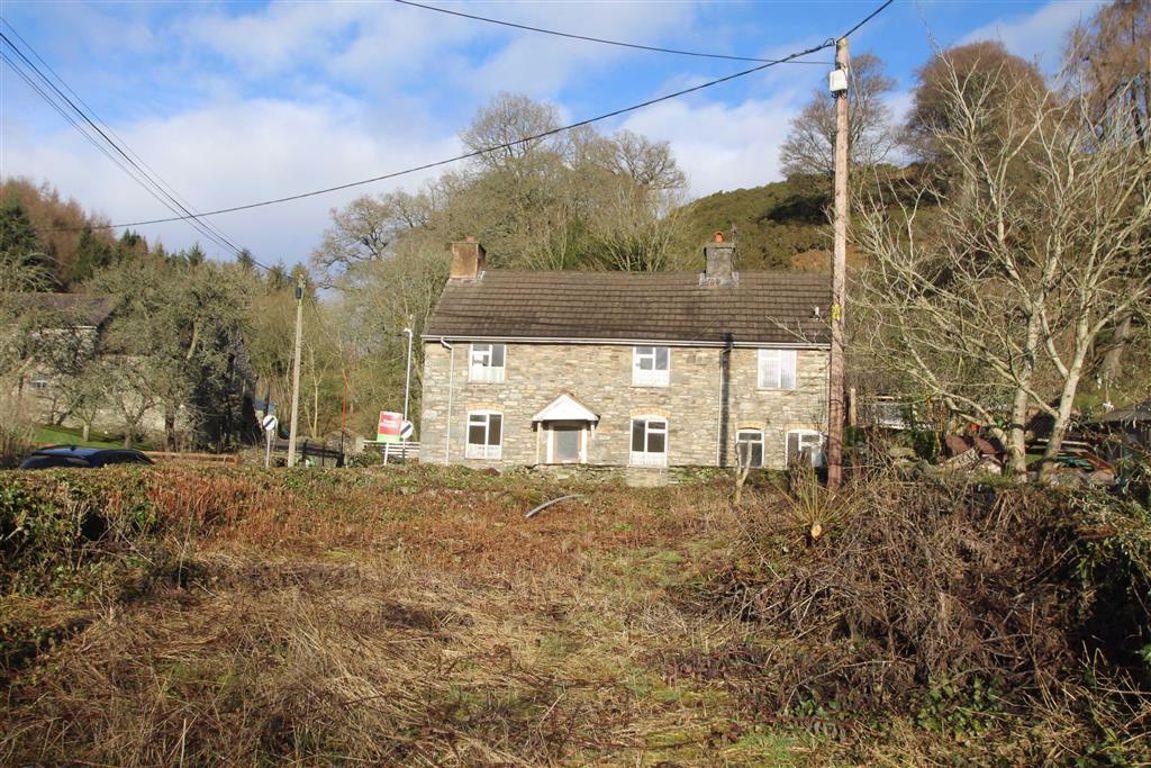 Property photo 1 of 16. Gardens