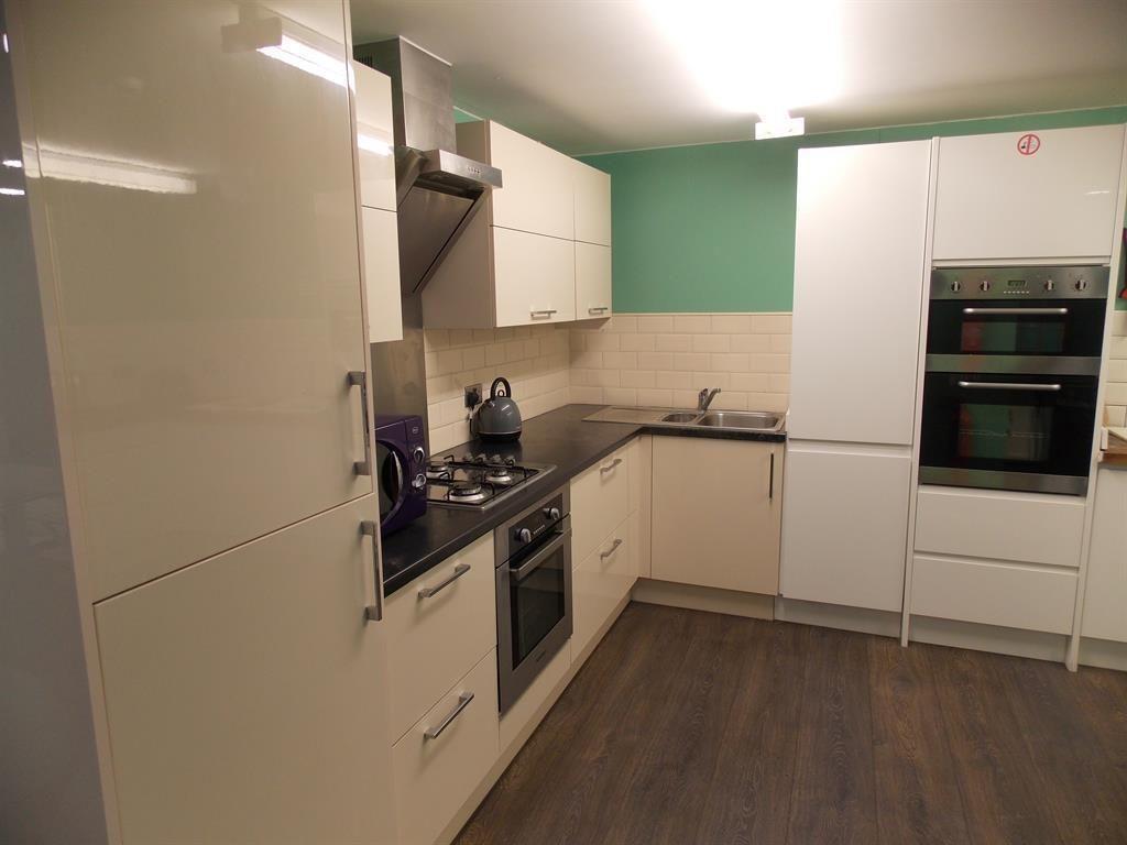 Property photo 1 of 9. Kitchen