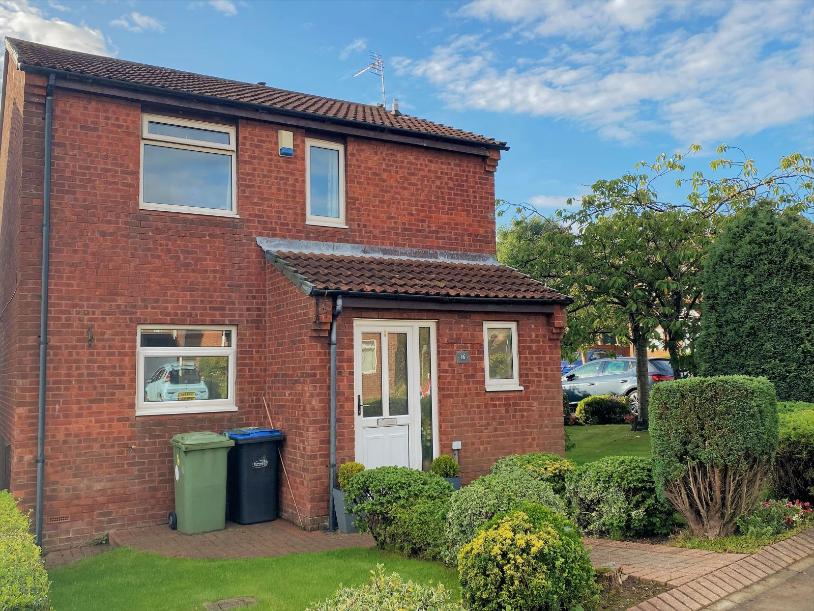Property photo 1 of 16. Three Bedroom Detached House For Sale
