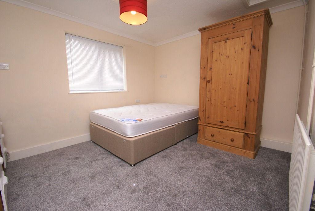 Property photo 1 of 2.