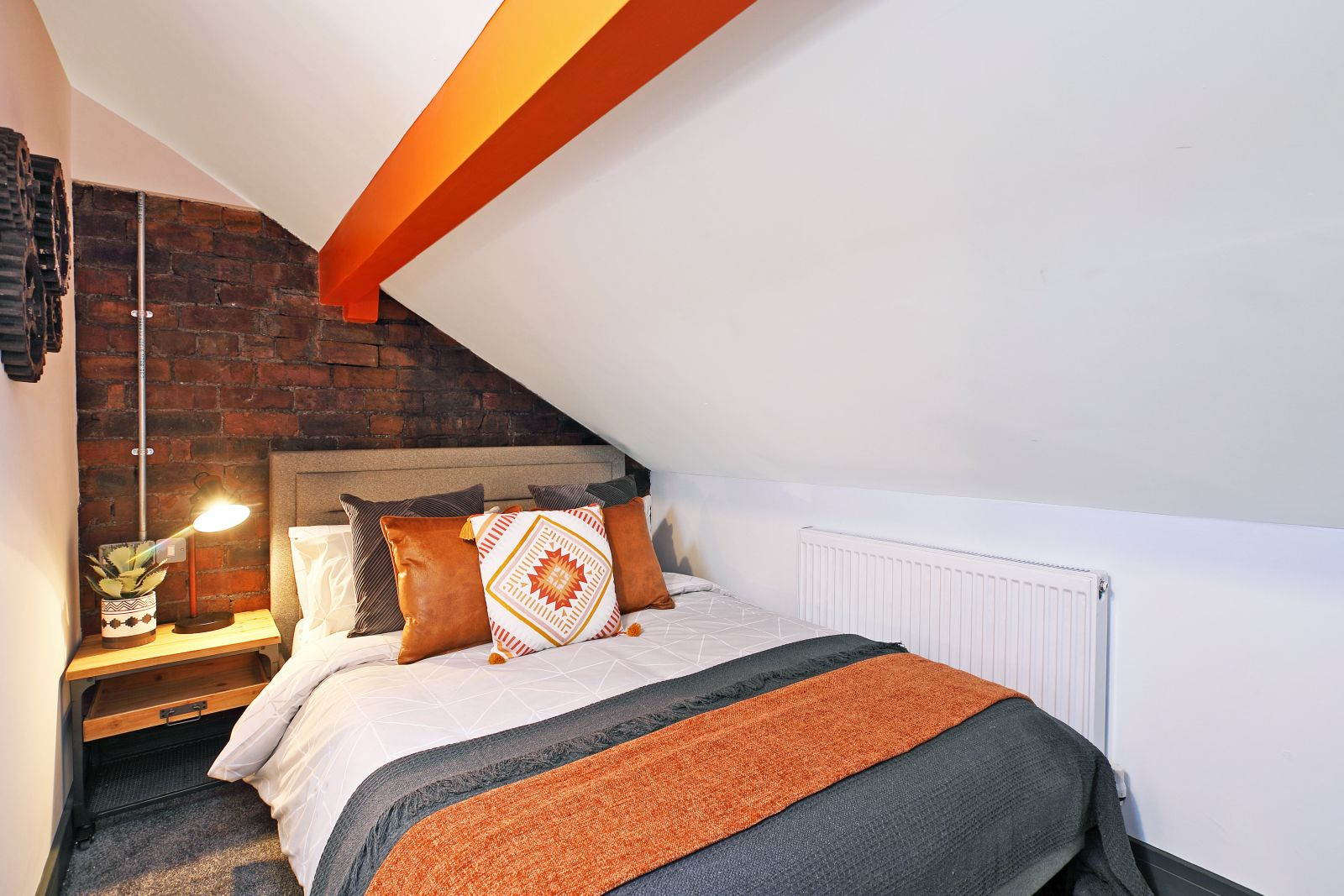 Property photo 1 of 25. Swanky And Stylish Brand New Houseshare In Wakefield!