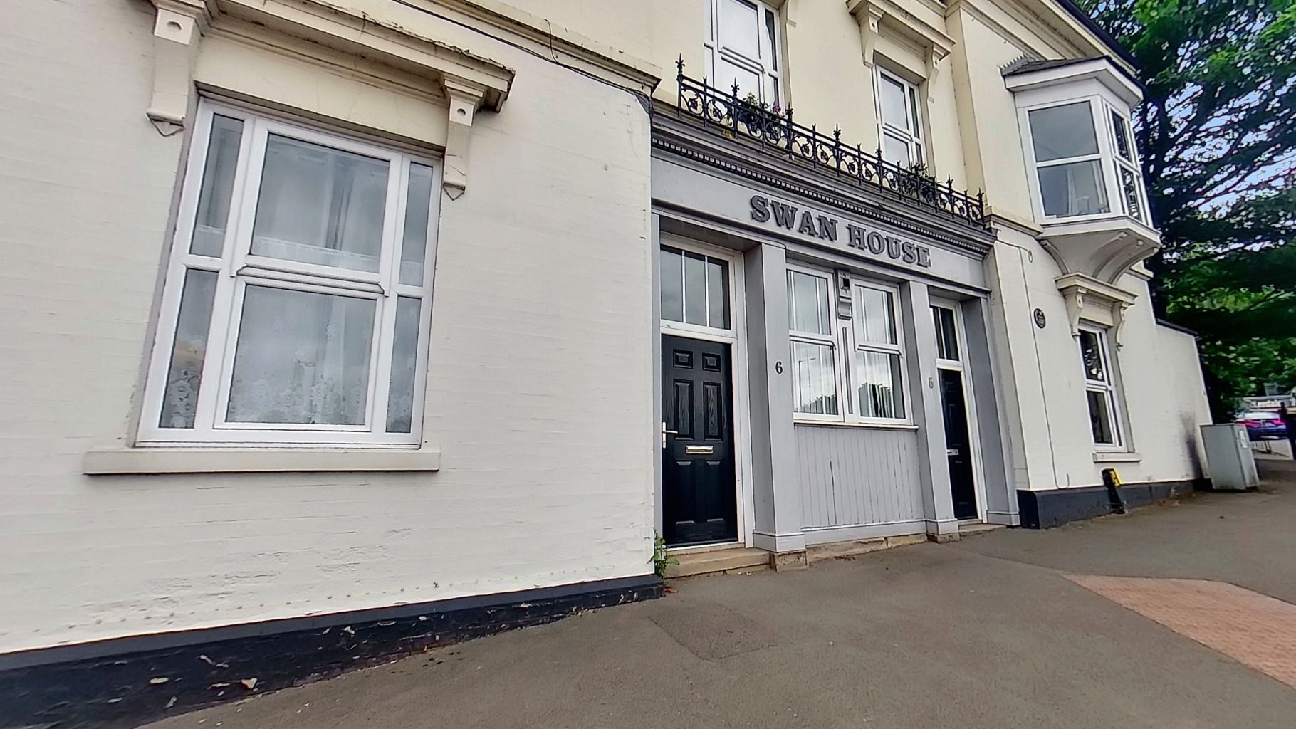 Property photo 1 of 7. Apartment-4-Swan-House-Copy-07122021_165634