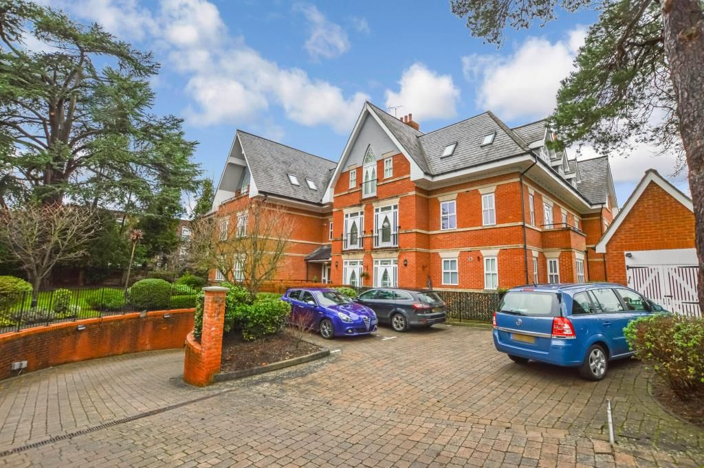 Property photo 1 of 9. Approach