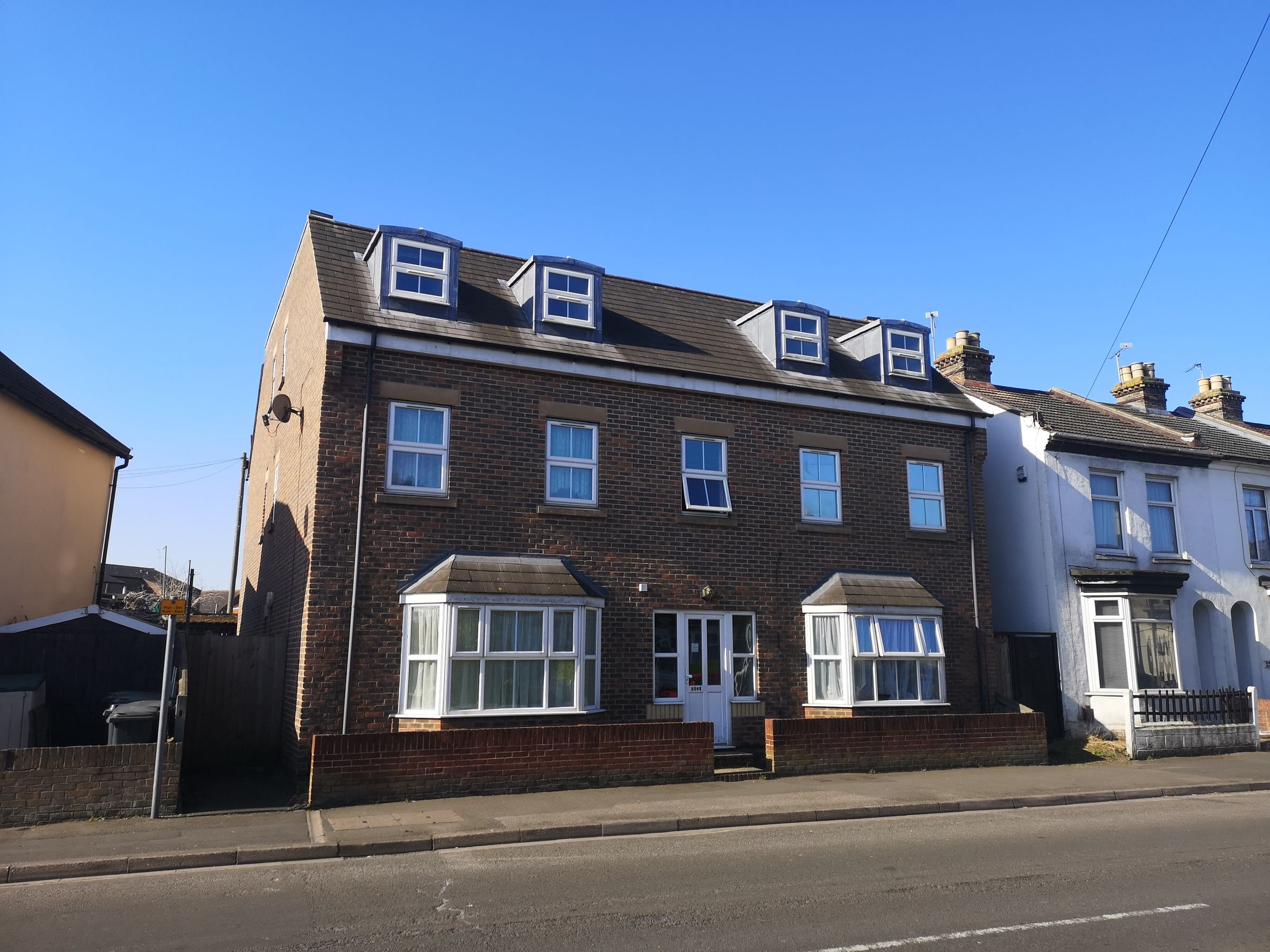 Property photo 1 of 10. Forton Road