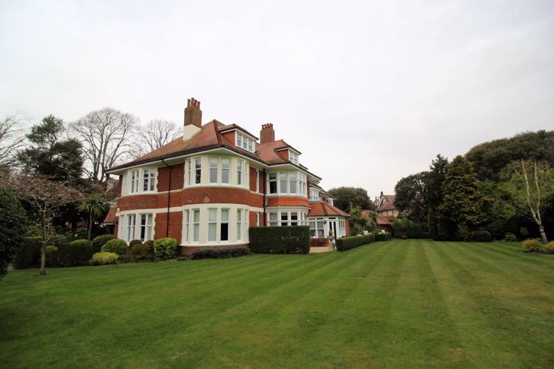 Property photo 1 of 19. External