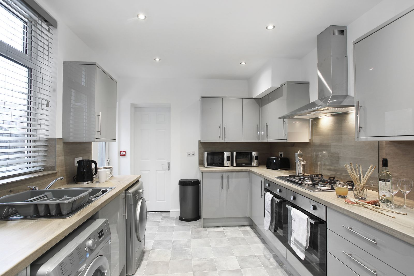 Property photo 1 of 19. Lower Oxford Street Castleford