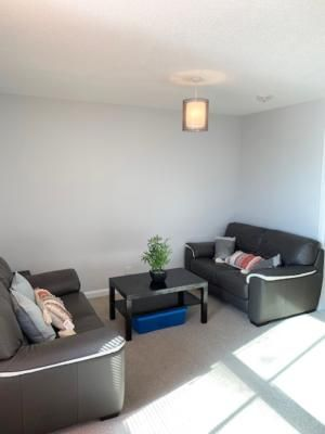 Property photo 1 of 12. 12−14 Es Flat 5 1 − Copy