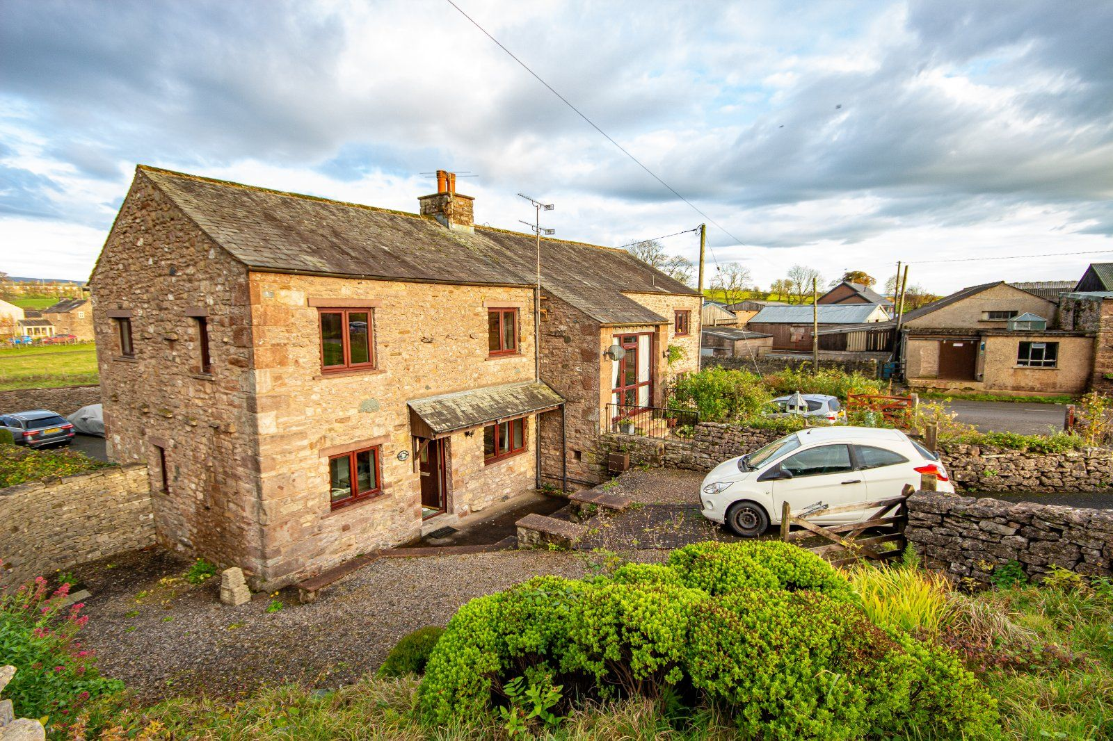 Property photo 1 of 13. Cartref Cottage